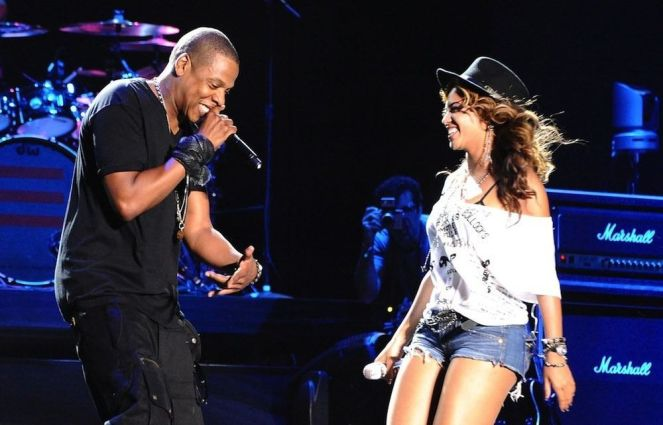 beyonce-jay-z-perform-chime-for-change